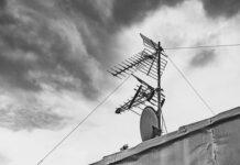 Instalację anteny do mieszkania zostaw fachowcom